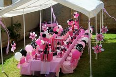 """Pink & Black Minnie Mouse Party"" by Treasures and Tiaras Kids Parties, via Flickr"