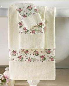 Charming Rosebud Towel