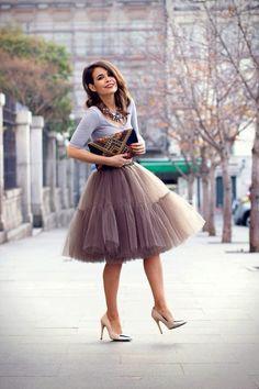 Faldas con maxicollares on 1001 Consejos  http://www.1001consejos.com/social-gallery/faldas-con-maxicollares