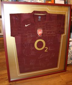 Arsenal shirt looking great in gold!
