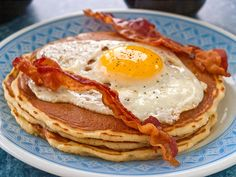 eat pancakes bacon eggs dinner pancakes and bacon eggs Pancakes For Dinner, Pancakes And Bacon, What's For Breakfast, Breakfast Recipes, Weird Food, Bacon Egg, Egg Recipes, Recipies, The Best