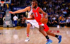 Chris Paul is one of the best point guards in the NBA. CP3 perfected his ball handling by practicing every day. Take a slow motion look at this dribbling drill Paul works on before games.