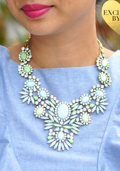 Minty statement necklace http://rstyle.me/n/qw8qen2bn