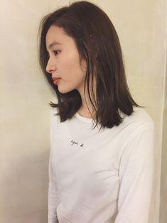 Girl Short Hair, Short Girls, Medium Hair Styles, Short Hair Styles, Korean Short Hair, Hair Arrange, Japanese Hairstyle, Girls Makeup, Love Hair