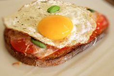 Tartine express ham, tomato and egg: the easy recipe # addToBook # addToBook # a … - Recipes Easy & Healthy Mayo Salad Recipe, Salad Recipes, Paninis, Brunch Recipes, Breakfast Recipes, Tartine Recipe, Easy Healthy Recipes, Easy Meals, Bruchetta Recipe