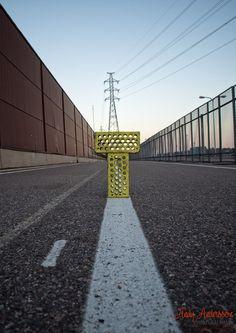 T niinkuin tie Sidewalk, Tie, Sidewalks, Ties, Pavement, Walkways