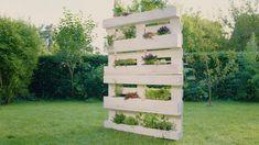 ❶Sichtschutz selbst bauen ❷Vertikalen Garten selbst bauen ❸DIY-Projekt aus Paletten ✓✓✓ Im Schritt-für-Schritt-Videotutorial siehst du, wie es geht.