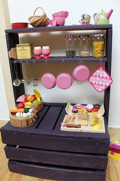 Pallets can be utilized into hundred ways, especially in the kids room or play area. It's because pallets are really versatile and could easily serve multipurpose if crafted by a wise and creative mind. You can create a playtime kitchen for your daughter with the pallets, you can create a toy box, playhouse, book racks, bicycle ramp and many more from the pallets only.