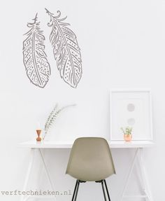 Hip 'Boho Feathers' stencil in diverse afmetingen | verftechnieken.nl Boho, Feathers, Stencils, Mandala, Angels, Wings, Home Decor, Homemade Home Decor, Bohemian