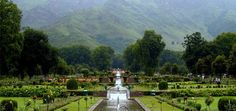 Top Five Honeymoon Destinations in India Mughal Architecture, Landscape Architecture, Kashmir India, Royal Garden, Srinagar, Paradise On Earth, Honeymoon Destinations, Heaven On Earth, Romantic Travel