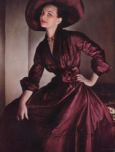 Christian Dior 1948.  LOVE it!!  We are forgetting that if we cease to cinch a waist, we'll cease to have one!!