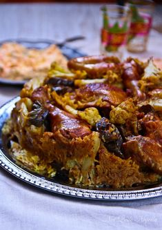 MAKLOUBA aka MAQLUBA aka MAKLUBE aka MAKLOUBEH ~~~ this dish is made of meat, rice, and fried vegetables placed in a pot which is then flipped upside down [Persian Cuisine] [notquitenigella] Middle East Food, Middle Eastern Dishes, Middle Eastern Recipes, Chicken Spices, Chicken Recipes, Tofu Recipes, Palestinian Food, Egyptian Food, Risotto