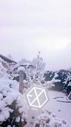 Baekhyun, Lightstick Exo, Kpop Exo, Exo Kai, Park Chanyeol, L Wallpaper, Exo Anime, Exo Merch, Exo Lockscreen