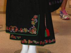Folk Costume, Costumes, Traditional Outfits, Norway, All Things, Scandinavian, Arts And Crafts, Embroidery, Clothing