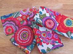 Cotton Napkins, Cloth Napkins, Halloween Table Decorations, Reasons To Be Happy, Child Face, Spring Is Coming, Color Pallets, Different Fabrics, Vivid Colors