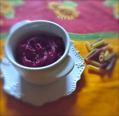 Sugo di bietole rosse  ///  Red beet  pasta sauce
