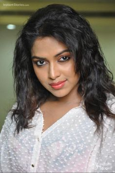 Amala Paul Photoshoot HD Stills/Wallpapers Beautiful Women Over 40, Beautiful Girl Photo, Beautiful Girl Indian, Most Beautiful Indian Actress, Beautiful Lips, Beauty Full Girl, Cute Beauty, Beauty Women, Beauty Girls