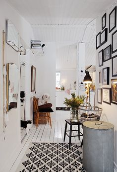 my scandinavian home: A cosy Swedish cottage ready for Christmas Home Interior, Interior Decorating, Decorating Ideas, Swedish Cottage, My Ideal Home, Scandinavian Home, Nordic Home, Home And Deco, Interiores Design