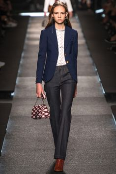 Louis Vuitton Spring 2015 RTW – Runway – Vogue (=)