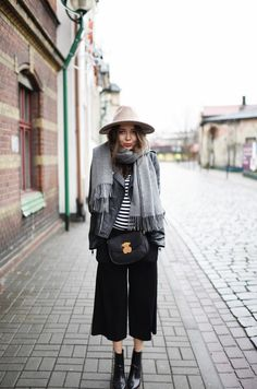 Cropped pants or culottes are the best way to show off a statement shoe or boot. x