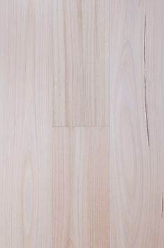 Our engineered timber flooring offers serious practical and aesthetic advantages. Get the beauty of oak engineered hardwood flooring at an affordable price. Laminate Flooring, Vinyl Flooring, Hardwood Floors, Timber Tiles, Queenslander House, Engineered Timber Flooring, Bedroom Flooring, Ash, Engineering