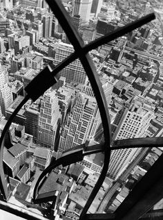 City Arabesque from the Roof of 60 Wall Street Tower, New York (1938) | Photo © Berenice Abbott / Commerce Graphics Ltd. Inc.