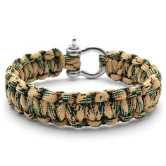 Buy Tailor Toki - Black Masculine Paracord Bracelet for only Shop at Trendhim and get returns. We take pride in providing an excellent experience. Paracord Knots, Paracord Bracelets, Bracelets For Men, Parachute Cord Bracelets, Beaded Jewelry, Beaded Bracelets, How To Make Rope, Bracelet Cuir, Vintage Stil