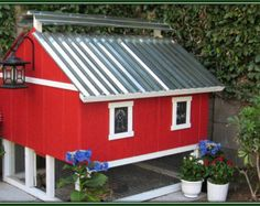 Items similar to Chicken coop on Etsy