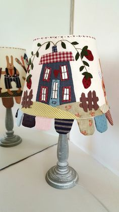 Lámpara «Spring is in the Air Raggedy Ann, Lampshade Redo, Country Lamps, Handmade Lampshades, Japanese Patchwork, Country Paintings, Country Crafts, Furniture Restoration, Applique Designs
