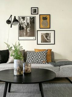 Find your favorite Minimalist living room photos here. Browse through images of inspiring Minimalist living room ideas to create your perfect home. Home Living Room, Apartment Living, Living Room Decor, Bedroom Decor, Room Interior, Interior Design Living Room, Living Room Designs, Interior Ideas, Deco Design
