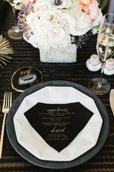 Modern dinner party inspiration | Kate Spade New York dinnerware | photo by Erin Hearts Court | Read more - http://www.100layercake.com/blog...