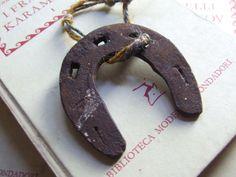 Ferro di cavallo di piccole dimensioni di AntichiRicordi su Etsy