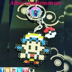 Llavero de chica pokemon #hechoamano en #AlbaComplementos #handmadejewelry #handmade #llavero #cuelgamochila #cuelgamochilas #colgante #colgantedebolso #cuelgamaletas #cuelgabolsos #pokeball #pokemon #chicaPokemon #peloazul