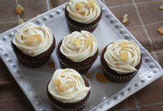 Gingerbread Cupcake with Cream Cheese Frosting ~ Annie's Cooking Lab