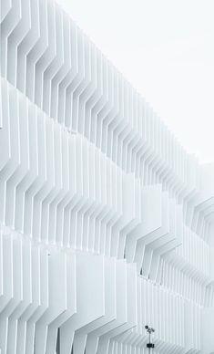 Exploring Madrid Via Its Geometric Architecture