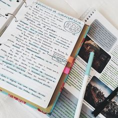 madelyn madiedo You are in the right place about studying motivation lockscreen Here we offer you th School Organization Notes, Study Organization, School Notes, College Notes, Organisation Ideas, Pretty Notes, School Study Tips, Study Space, Study Desk
