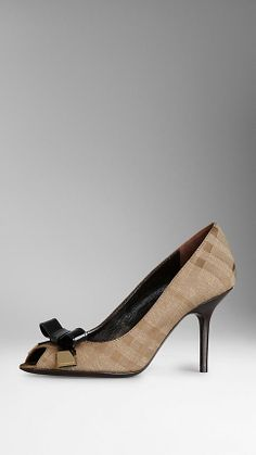 415dd8139d74 BOW DETAIL CHECK JACQUARD PEEP-TOE PUMPS with Black bow.