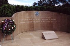 Grave of Ronald Reagan, CA