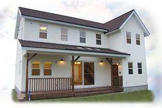 白い家~素材のぬくもりに囲まれて~ - collection Minimalist House Design, Minimalist Home, Concrete Houses, Spanish Style Homes, Japanese House, House Roof, Exterior Design, Coffee Shop, Beautiful Homes