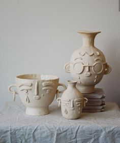 A few ceramic artists whose work I'm loving right now · Miss Moss - ceramic art - Ceramic Clay, Ceramic Pottery, Pottery Art, Pottery Gifts, Ceramic Pots, Diy Y Manualidades, Kitchen Decor Themes, Diy Clay, Polymer Clay Crafts