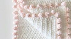 Crochet tutorial for the dot border edge on a crochet blanket. I used this border for a Crochet Polka Dot Heart Doll Blanket, see the full pattern here: http. Crochet Blanket Border, Crochet Boarders, Blanket Yarn, Crochet Blanket Patterns, Hat Patterns, Manta Crochet, Crochet Baby, Double Crochet, Easy Crochet
