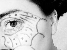 face paint mask Sarah Brooks, Pumpkin Carving Party, Black And White Face, Face Skin, Face Art, Halloween Pumpkins, Masquerade, Body Art, Painting