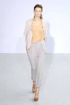 Anne Valerie Hash SS11