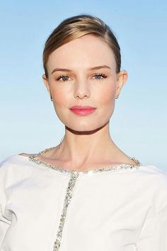 Kate Bosworth. .