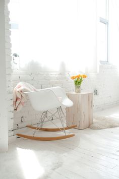 Sit comfortably with the Herman Miller Eames Molded Plastic Rocking Chair from Smart Furniture. Home Living Room, Interior, White Eames Chair, Home Decor, Home Deco, White Interior, White Rooms, Home And Living, Home Decor Furniture