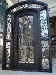 Resultado de imagen para puertas en hierro forjado