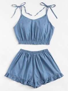 To find out about the Plus Knot Denim Cami Top With Frill Denim Shorts at SHEIN, part of our latest Plus Size Denim Two-piece Outfits ready to shop online today! Lazy Outfits, Crop Top Outfits, Cute Summer Outfits, Cute Casual Outfits, Plus Size Outfits, Girl Outfits, Girls Fashion Clothes, Fashion Outfits, Denim Fashion