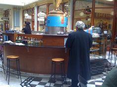 Caffe L'Incontro (Gays Arcade, City)