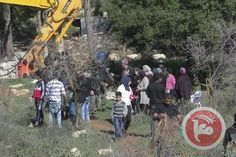 Israeli forces demolish homes
