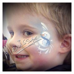 Christmas / snowman face painting Christmas Snowman, Xmas, Christmas Face Painting, Snow Party, Snowman Faces, Face Paintings, Fashion Painting, Christmas Inspiration, Body Painting